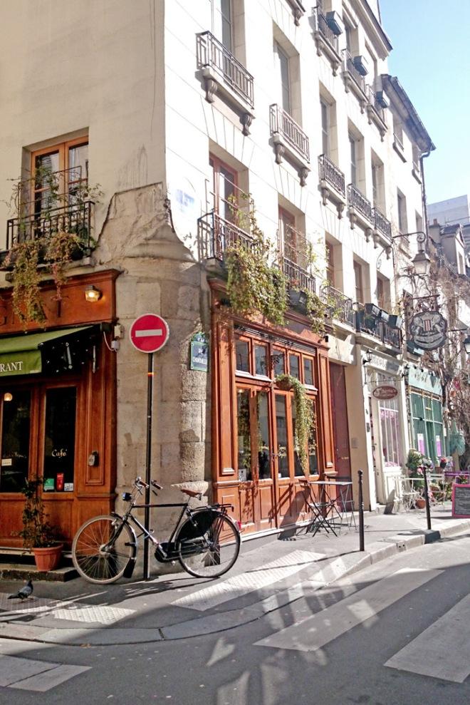 Woolywoot Parijs straatbeeld